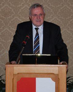 Dr. Karl Fischer